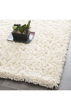 $5 Off when you share! Safavieh Shag SG240 Ivory Rug | Solid & Striped Rugs #RugsUSA