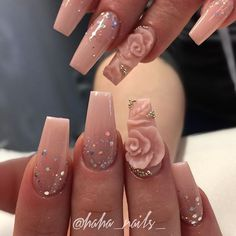 flower nail art on nude nails. 3d Flower Nails, Rose Nails, Pink Nails, Red Nail, Pastel Nails, Best Acrylic Nails, Acrylic Nail Art, Nails Acrylic Coffin Glitter, Nude Nails With Glitter