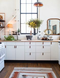 The average kitchen remodel costs roughly $20,000, so choosing classic white IKEA cabinetry can be a greatway to reduce your budget. Interior designer Kristan Cunningham tells Lonnyshe...