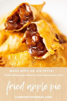 These Easy Fried Apple Pies are filled with a delicious homemade Granny Smith Apple Pie filling, wrapped in pie crust and fried in an Air Fryer! A sweet indulgent crispy treat! #airfryer #applepie #friedapplepie #baking #airfryerfriedapplepies #falldesserts #thanksgivingdesserts #apples #appledesserts #grannysmithapples #howtomakefriedapplepies #easyfriedapplepies #minifriedapplepies Apple Pie Recipes, Vegan Recipes Easy, Fall Recipes, Snack Recipes, Dessert Recipes, Drink Recipes, Yummy Recipes, Vegetarian Recipes, Dinner Recipes