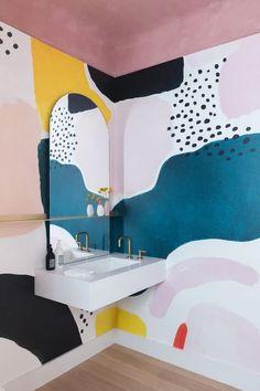 Southern Home Interior Colorful minimal bathroom inspiration! Minimal Bathroom, Simple Bathroom, Modern Bathroom, Bathroom Colors, Colorful Bathroom, Bathroom Artwork, Bathroom Inspiration, Bathroom Interior, Shiplap Bathroom