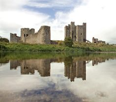 Meath, Trim - Trim Castle - 1160s, Braveheart filming location, inexpensive tour includes tower.