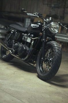 Triumph, motorcycle, MC, bike, hot, wheels, cool, transportation, awesome, photograph, photo