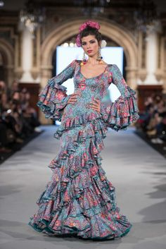 Nice Dresses, Prom Dresses, Formal Dresses, Flamenco Wedding, Flamenco Costume, Flamenco Dresses, Islamic Fashion, Fashion Pictures, Designer Dresses