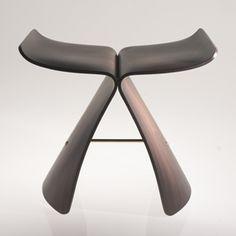 BUTTERFLY stool. Vitra