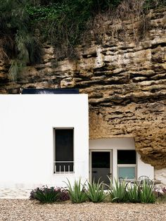 RENT A CAVE HOME IN ANDALUCIA, SPAIN | THE STYLE FILES
