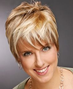Cool Women Short Casual Hairstyles 2012 Pictures   MOTORS Vitality