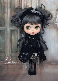 GAH, I ♥ her BLYTHE~02 by abenohiya, via Flickr