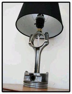 Lamp pistón