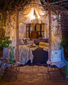 la-la-la-bonne-vie: http://bellanottelinens.blogspot.com/