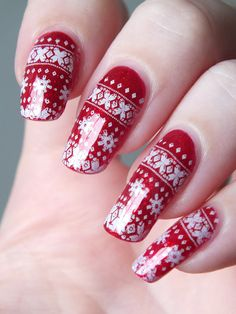 nail-art-noel-christmas-pullover-stamping-ruby-pumpe-china-glaze-vernis-rouge-paillete-hiver-bornprettystore-neejolie-plaques-avis (3)