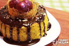 Bolo de Cenoura com calda de Chocolate com decoração de caramelo <3