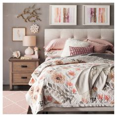 Classy Bedroom Wall Decor Ideas to Style Up Your Space - The Trending House Cream Bedroom Walls, Cream Bedrooms, Pink Bedroom Decor, Bedroom Sets, Cream And Pink Bedroom, Target Bedroom, Girl Bedrooms, Diy Bedroom, Modern Bedroom