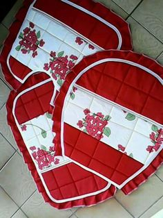 Curtain Designs, Hot Pads, Flower Crafts, Pot Holders, Toilet, Projects To Try, Bathroom, Handmade, Home Decor