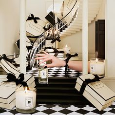 Gift giving from Jo Malone London. Find the perfect gifts for her or gifts for him. Wrapped with finesse for a lasting impression. Complimentary gift wrapping and personalised engraving available.