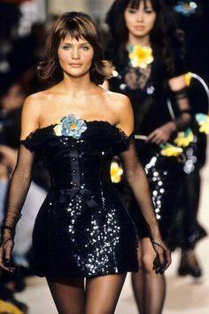 90s Fashion, Runway Fashion, Retro Fashion, High Fashion, Fashion Dresses, Vintage Fashion, Chanel Fashion, Fall Fashion, Luxury Fashion