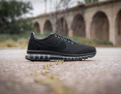 Nike Air Max Ld Zero Black Después de que viera la luz en el #AirMaxDay el año pasado llega a #TheSneakerOne un híbrido de esos que tanto nos gustan que mezcla un upper que recuerda a un estilo retro con una cámara de aire de los últimos modelos de #AirMax. Ya disponibles en tienda y Online.  Link: http://ift.tt/2q1aIZz  #highsnobiety #sneaker#sneakers #womft #thedropdate #wdywt#nicekicks #kickstagram #hypebeast#sneakerhead#sneakersmag #praisemag#sneakerfreaker #kicksonfire…