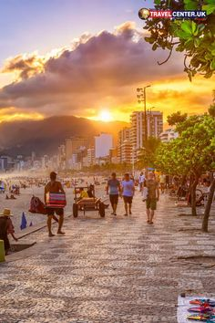 If you are in Brazil and thinking of a place to spend an evening, it's the Ipanema beach. Beautiful sunsets, and views of Leblon beach and Mount Dois Irmao in Rio de Janeiro will not waste your time. #ipanemabeach #travelbrazil #sunsets #itsallabouttravel #travelcenteruk