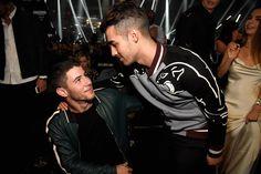 Joe et Nick Jonas aux MTV VMAs 2016
