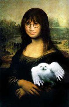Classical Art Memes, Mona Lisa Parody, Mona Lisa Smile, Renaissance Artists, Classic Horror Movies, Italian Artist, New Art, Cool Pictures, Caricature