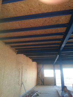Osb plafond Craft Studios, Steel Buildings, Wooden House, Lofts, Habitats, Warehouse, Tiny House, Villa, Design