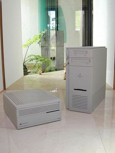 Cool Gadgets, Amazing Gadgets, Pc Network, Frog Design, Old Computers, Apple Products, Minimal Design, Home Appliances, Nerd Stuff