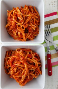 Set up this Crock Pot Spaghetti in the morning, then come home from work to dinner waiting for you!