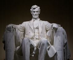 """loved seeing all the monuments. At school @ 4 am in dark so different...6hr. ride when I was going to """"get sleep"""" lost iPod"""