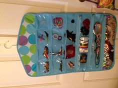 actually, if i can find this one for $1, I may not DIY afterall. $1 store hair accessory organizer