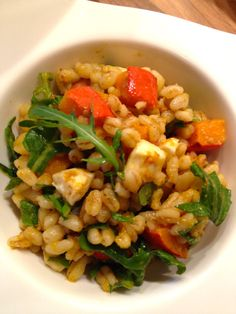 Kürbis-Ebly-Salat mit Rucola, Feta und Za'Atari