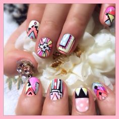 Nail art via Inweddingdress.com #nails