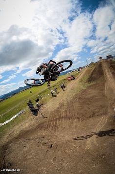 JC Renom: Dirt on fire 2015 - Alotrolado MTB - Extreme Bike Magazine