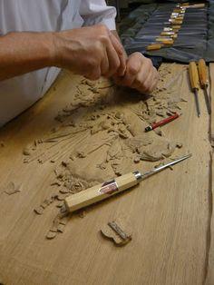 Wood Carving Art, Wood Art, Art Sculpture En Bois, Ornament, Woodworking, Carved Wood, Professor, Program Management, Woodwork