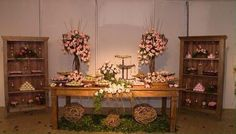 decoração da mesa do bolo para casamento rústico