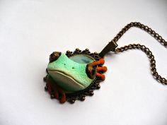 naszyjnik żaba z polymer clay fimo