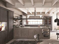 rustikale küche-edelweiß schranktüren-holz sichtbare-deckenbalken ...