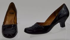 Sofft 6.5 Medium Womens Black Patent Leather Heels Used  #Sofft #PumpsClassics