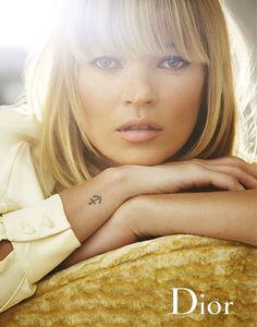 tatouage ancre Kate Moss