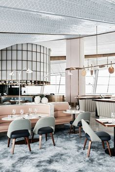 When tasked with creating chef Sean Connolly's brasserie in the expansive top floor of architect Janus Rostock's dhow-shaped Dubai Opera masterpiece, Jeremy Bull, founder of Alexander & Co, made a calculated decision: sink it. Designed in partners...