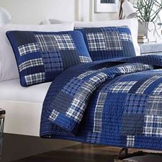Shop for Eddie Bauer Eastmont Cotton Reversible Quilt Set. Get free delivery On EVERYTHING* Overstock - Your Online Fashion Bedding Store! Get in rewards with Club O! King Quilt Sets, Queen Quilt, Boy Quilts, Twin Quilt, Quilted Bedspreads, Plaid Design, Mattress Brands, Textiles, Bed Spreads