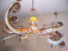 24 designs pieuvre lustre poulpe 2   24 Designs pieuvre   verre tasse table poulpe portail pieuvre parapluie mug montre mobilier meuble lust...