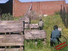 En plena batalla en Paintball Talavera. Recuerda, no hay enemigo pequeño.   Más en http://paintballtalavera.com.