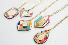 Etsy の Handpainted Wooden Gem Pendants by JillMakes Wooden Jewelry, Diy Jewelry, Jewelry Gifts, Handmade Jewelry, Unique Jewelry, Jewellery, Jewelry Making, Etsy Christmas, Pendant Design