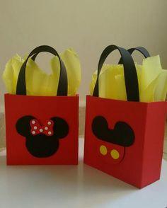 sacolinha personalizada Minnie e Mickey de Eva encomendas whatsapp 19-971286190 Marlene