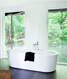 forest house design - bathroom