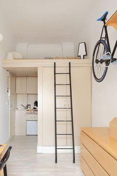 Szymon Hanczar Micro Apartment Loft Bed - Home Decorating Trends - Homedit Micro Apartment, Tiny Apartments, Tiny Spaces, Apartment Interior, Apartment Design, York Apartment, Open Spaces, Apartment Ideas, Apartment Therapy