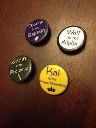 Lunar chronicles buttons!!