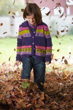 Child's Cardigan in Schachenmayr Merino Extrafine 85 - S9050 - Downloadable PDF