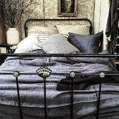 """""""The beautiful Melbourne store @scarletjonesmelbourne is offering an opportunity to win this beautiful linen duvet cover by Linge Particulier  an opportunity to good to miss!! Fingers crossed! #sjlinensale"""" Photo taken by @theowloutsidemydoor on Instagram, pinned via the InstaPin iOS App! http://www.instapinapp.com (10/04/2015)"""