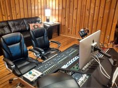 We offer the following services: Audio Recording Audio Mixing Mastering Production / Arranging ProTools Editing Vocal Tuning Drum / Sound Replacement Noise Reduction
